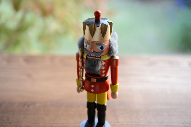 nutcracker_kingSred_640_05.jpg